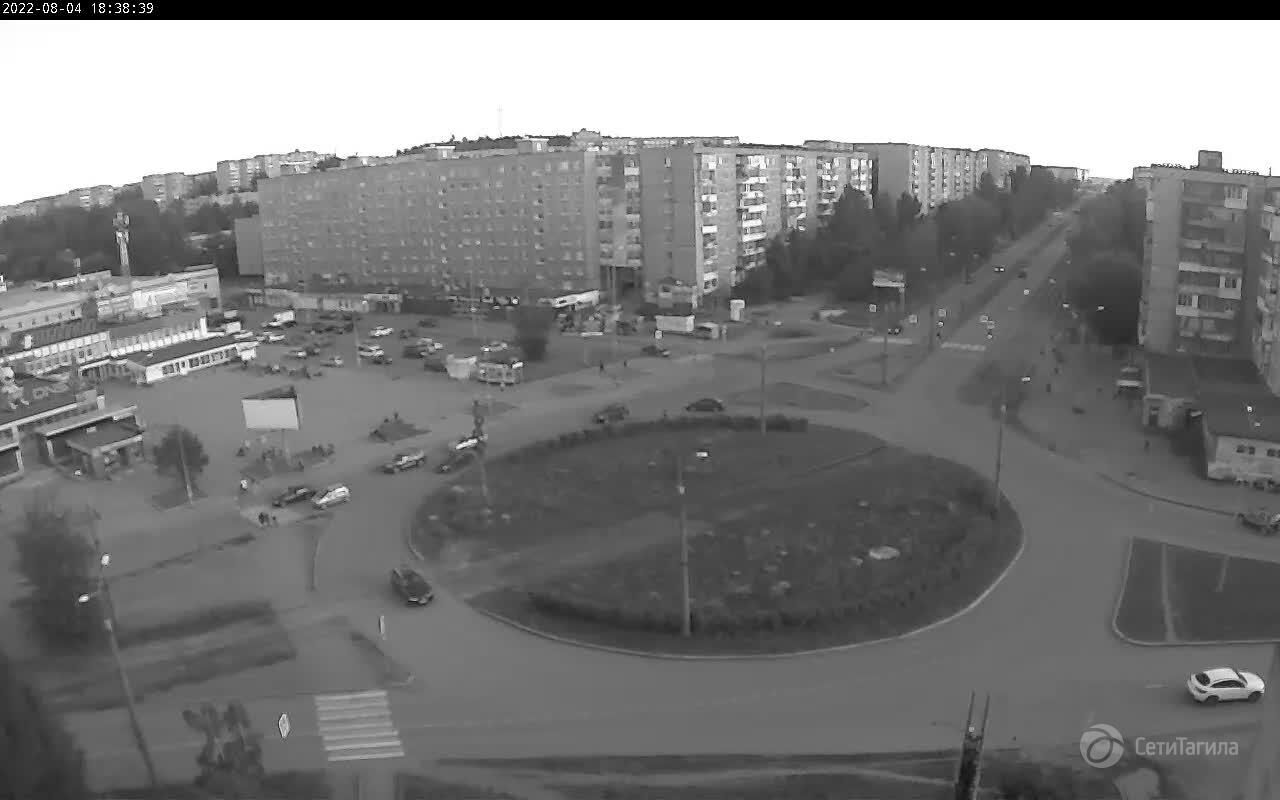 Webcam junction ave. Vagonostroiteley and st. Zari, Nizhny Tagil, Sverdlovsk Region, Russia